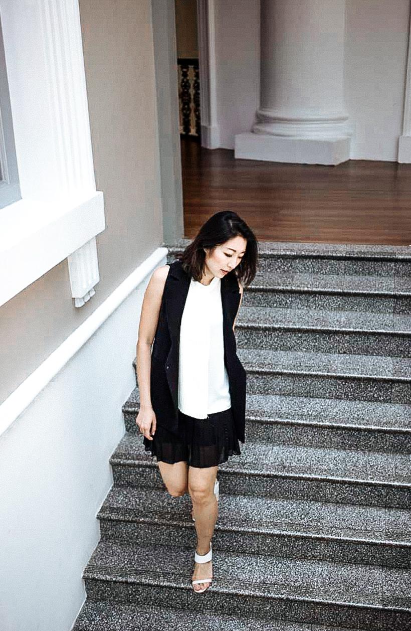 Toki Choi Monochrome OL look-11