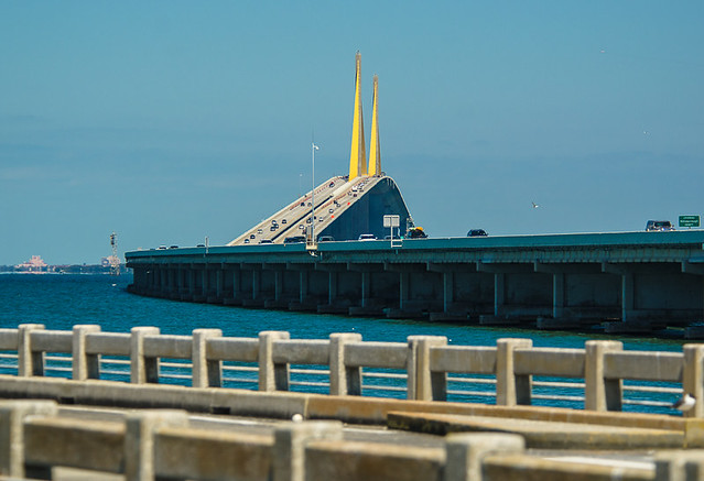 Old and new sunshine skyway bridge perspective flickr for Skyway bridge fishing