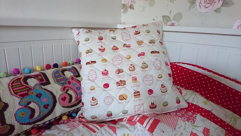 Quilted macaroon cushion