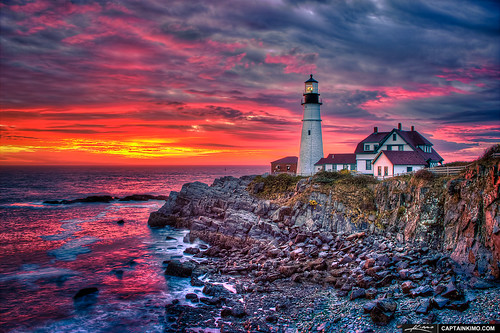 Portland-Head-Light-at-Sunrise-from-Fort-Williams-Park | by Captain Kimo