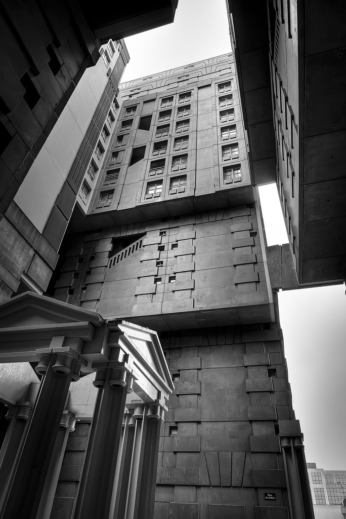 Gotham city architecture urbaine moderne noisy le for Courant architectural