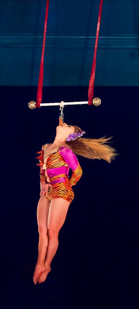 Trapeze Artiste Rebecca Ostroff | Kelly-Miller Circus ...