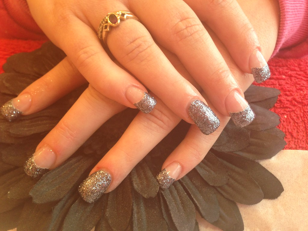 Full set of acrylic nails with glitter gel polish on tips … | Flickr