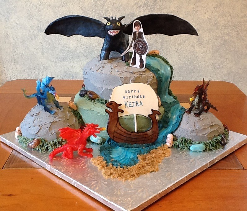 Cake Design Dragon Trainer : How to train your dragon cake Cakes covered in butter ...