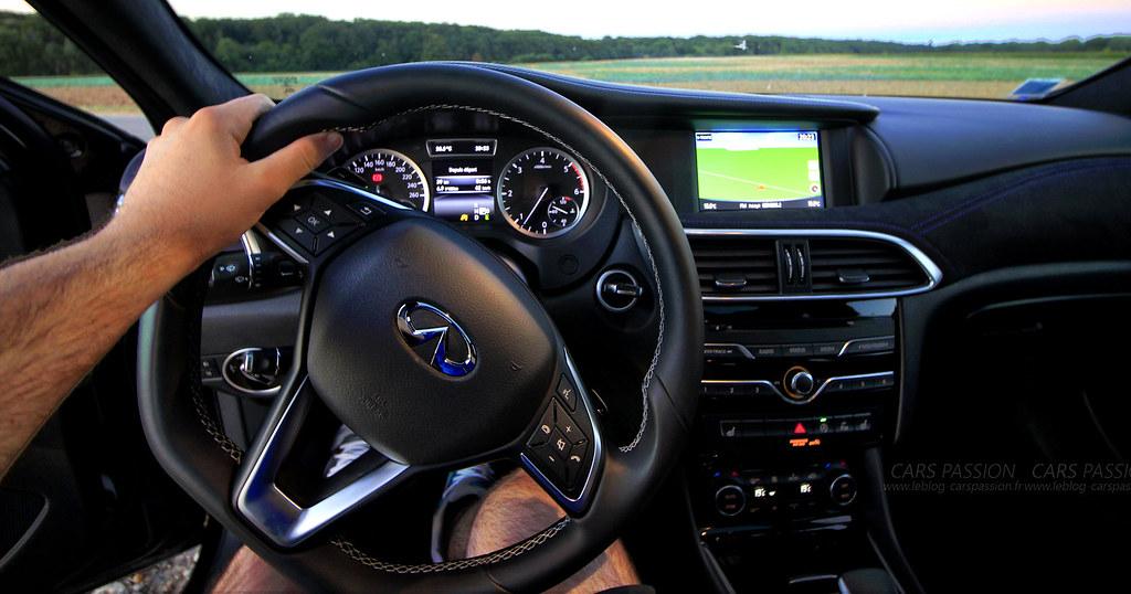 interieur-InfinitiQ30-sport-alcantara   Infiniti Q30 Premium…   Flickr