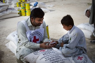 Food distribution, Pakistan | by ICRC