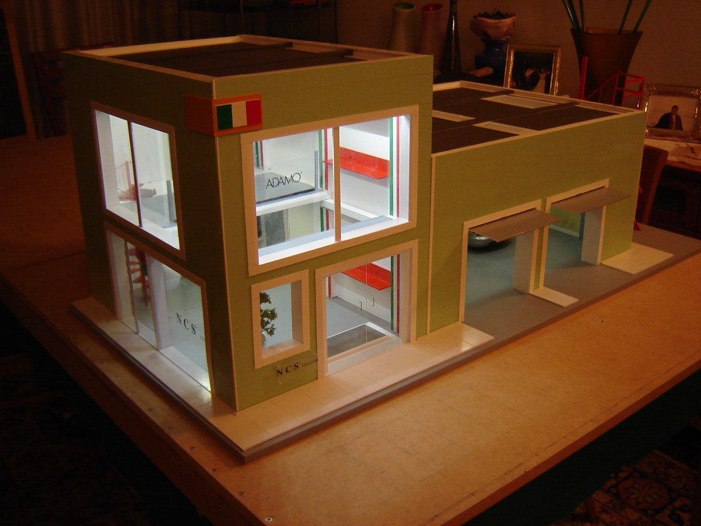 1 18 Abarth Dealership Diorama The Litten Diorama