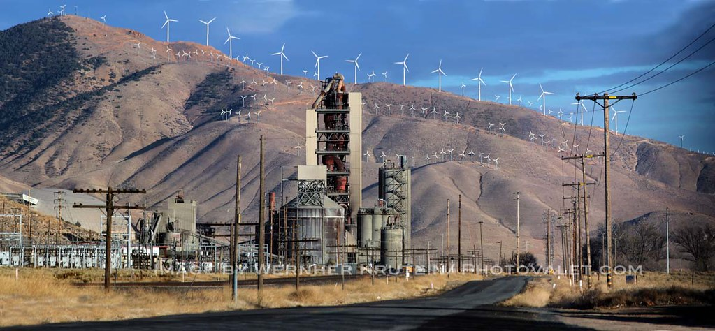 Lehigh Cement Plants : Wind power generators lehigh southwest cement tehachapi