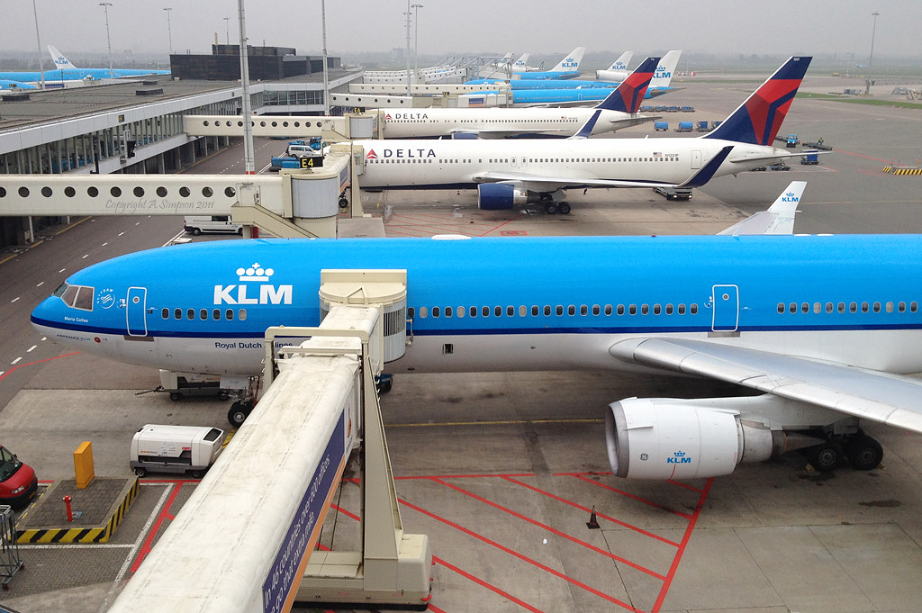 KLM - PH-KCG - Amsterdam Schiphol (AMS)