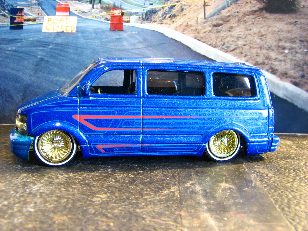 A SMALL SCALE CUSTOM 2001 CHEVY ASTRO