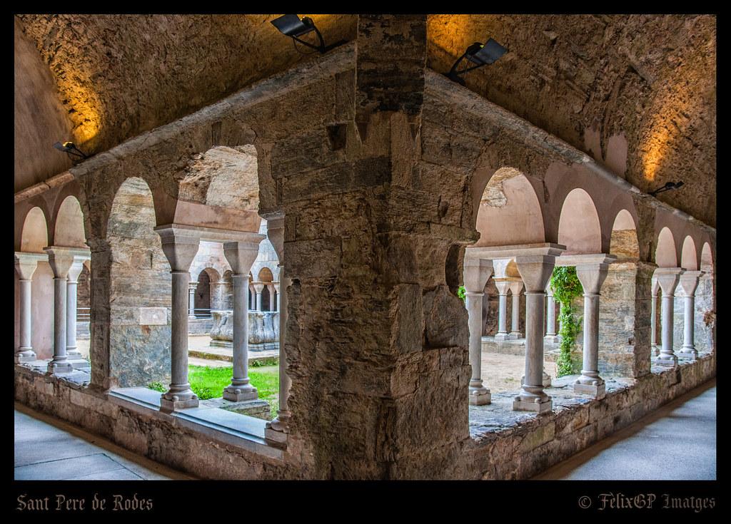 Sant Pere de Rodes 8805 (claustre superior)  El monestir de…  Flickr