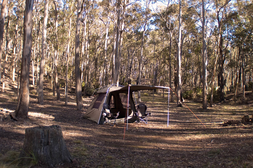 ... Jet Tent F25 c&ing in the forest | by Oztent Australia & Jet Tent F25 camping in the forest | Oztent Australia | Flickr
