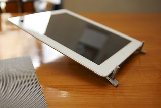 Twelve South Compass Mobile Stand for iPad | by Kazuhiro Keino