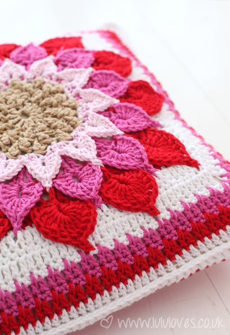 Free Crochet Patterns Flower Pillows : Crochet Crocodile Flower Cushion Pattern by Joyce Lewis ...