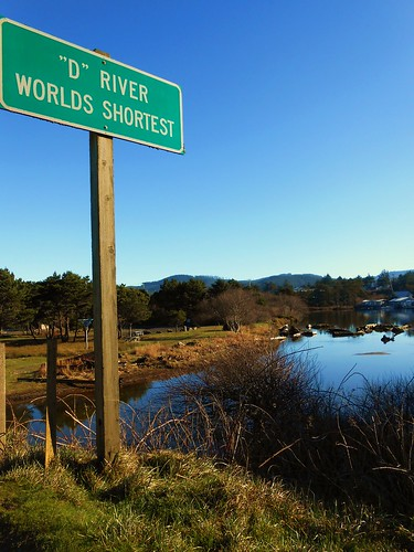 Quot D Quot River Worlds Shortest River The River Flows Into The