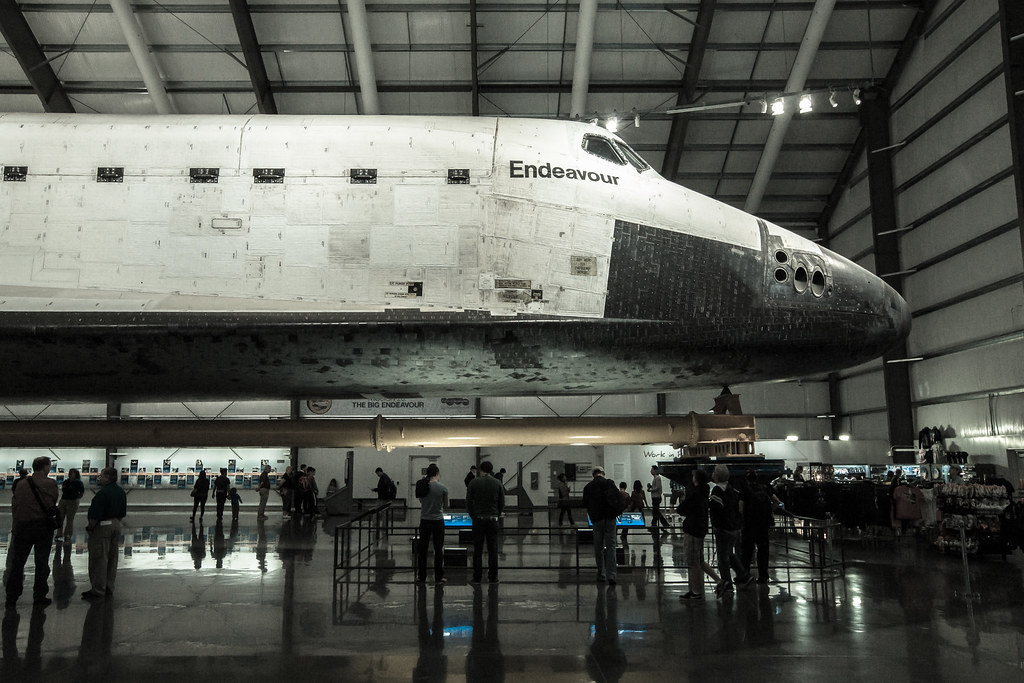 Space Shuttle Endeavour Exhibit - California Science Cente ...