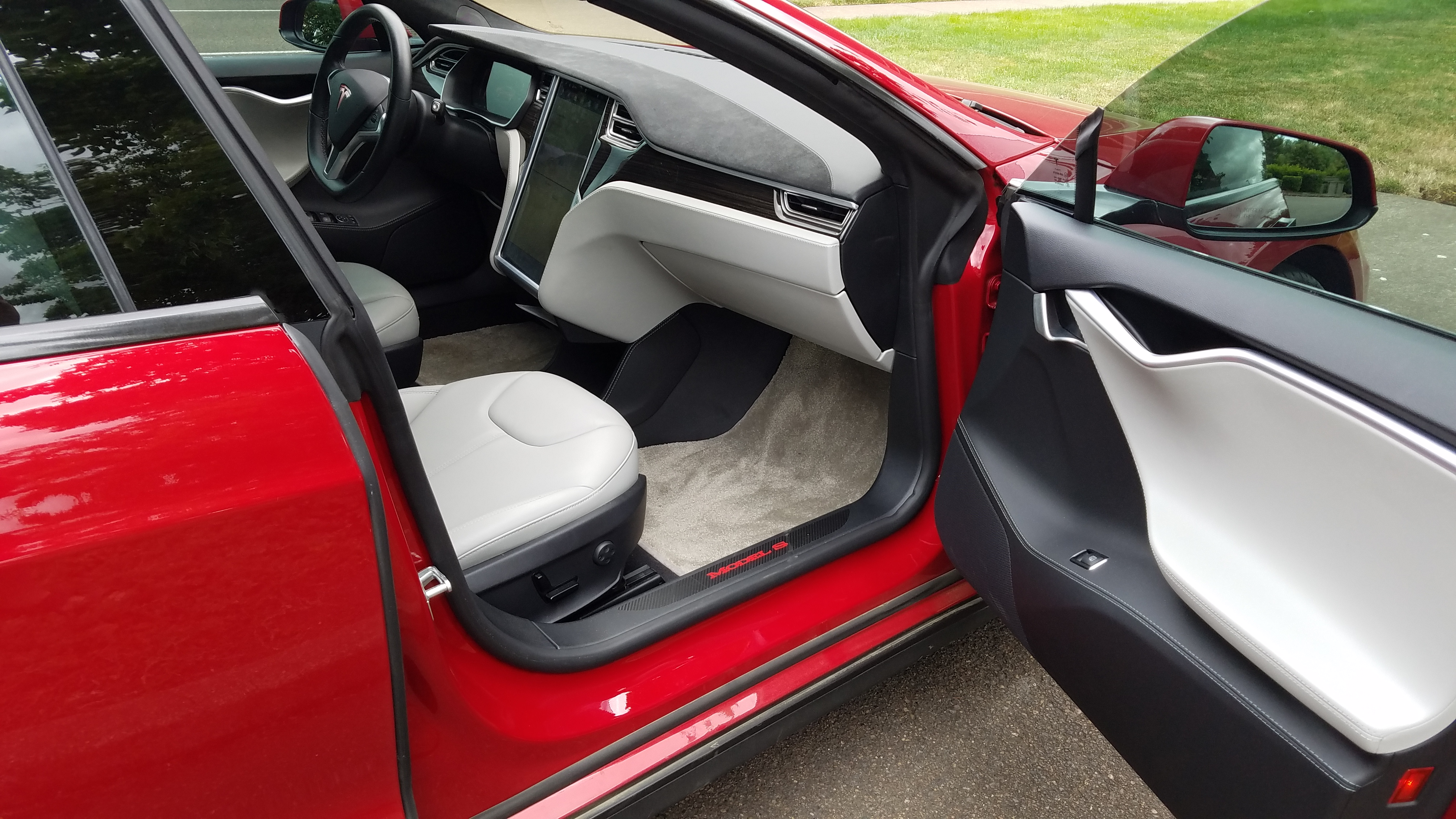 Pictures Wanted Model S Performance Grey Interior Tesla