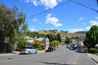 Omeo Day Avenue 01 | by Linda & Anthony Ang