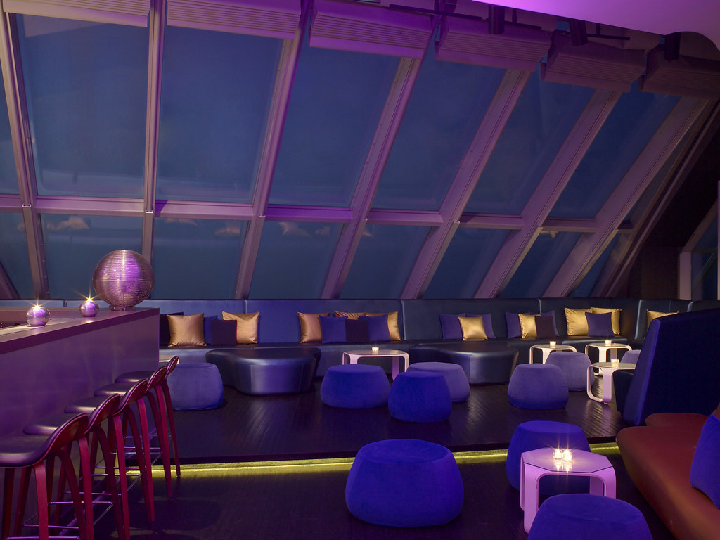 W barcelona eclipse bar south side vip area eclipse bar for W barcelona bar
