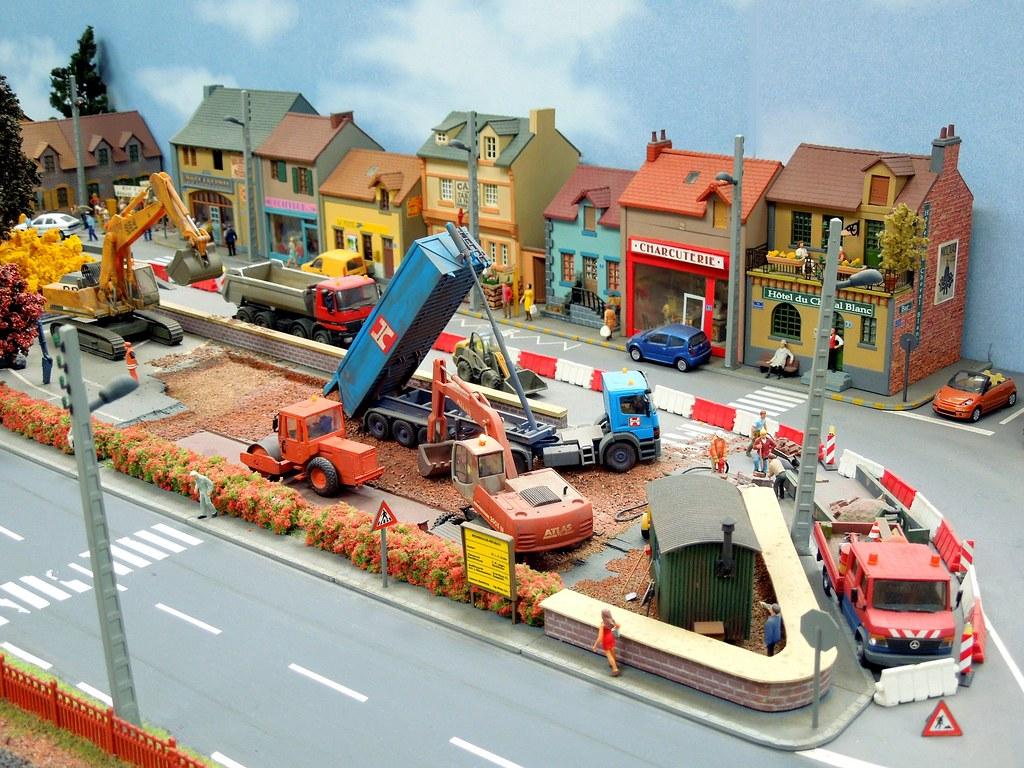 chantier avec camions mercedes diorama 1 87 ho scale. Black Bedroom Furniture Sets. Home Design Ideas