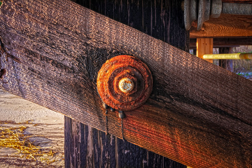 how to keep bolts from rusting