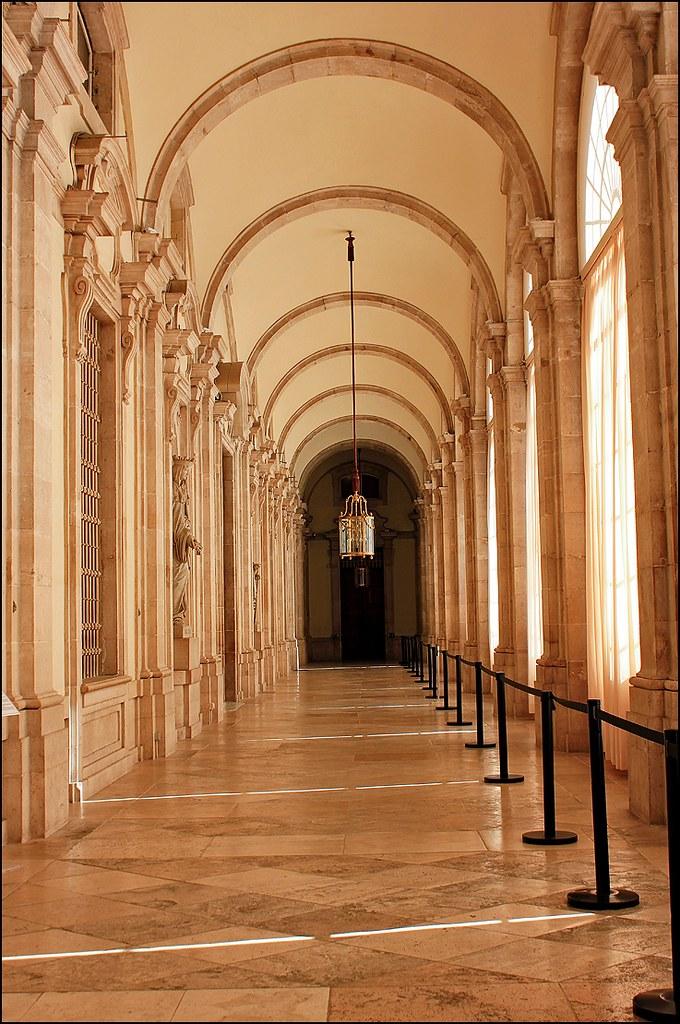 Interior del Palacio Real de Madrid / Pasillo (07/02/2013 ...