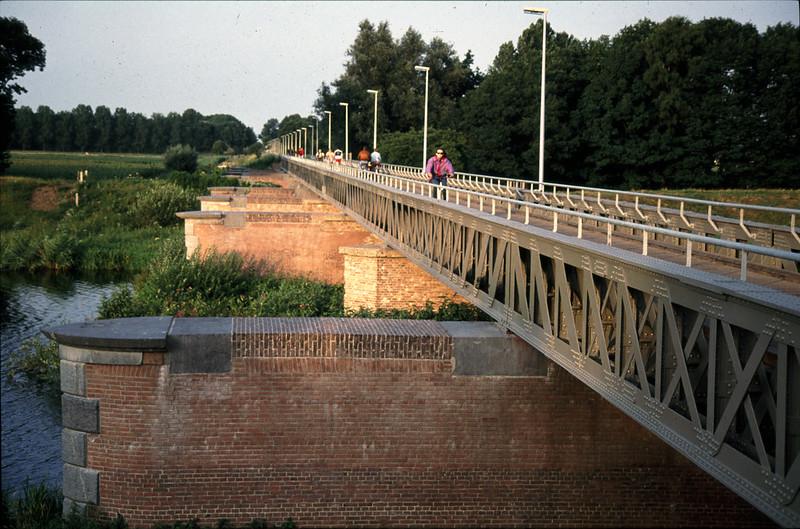 Railway bridges in the Langstraat Region, from 's-Hertogenbosch to Lage Zwaluwe, THE NETHERLANDS