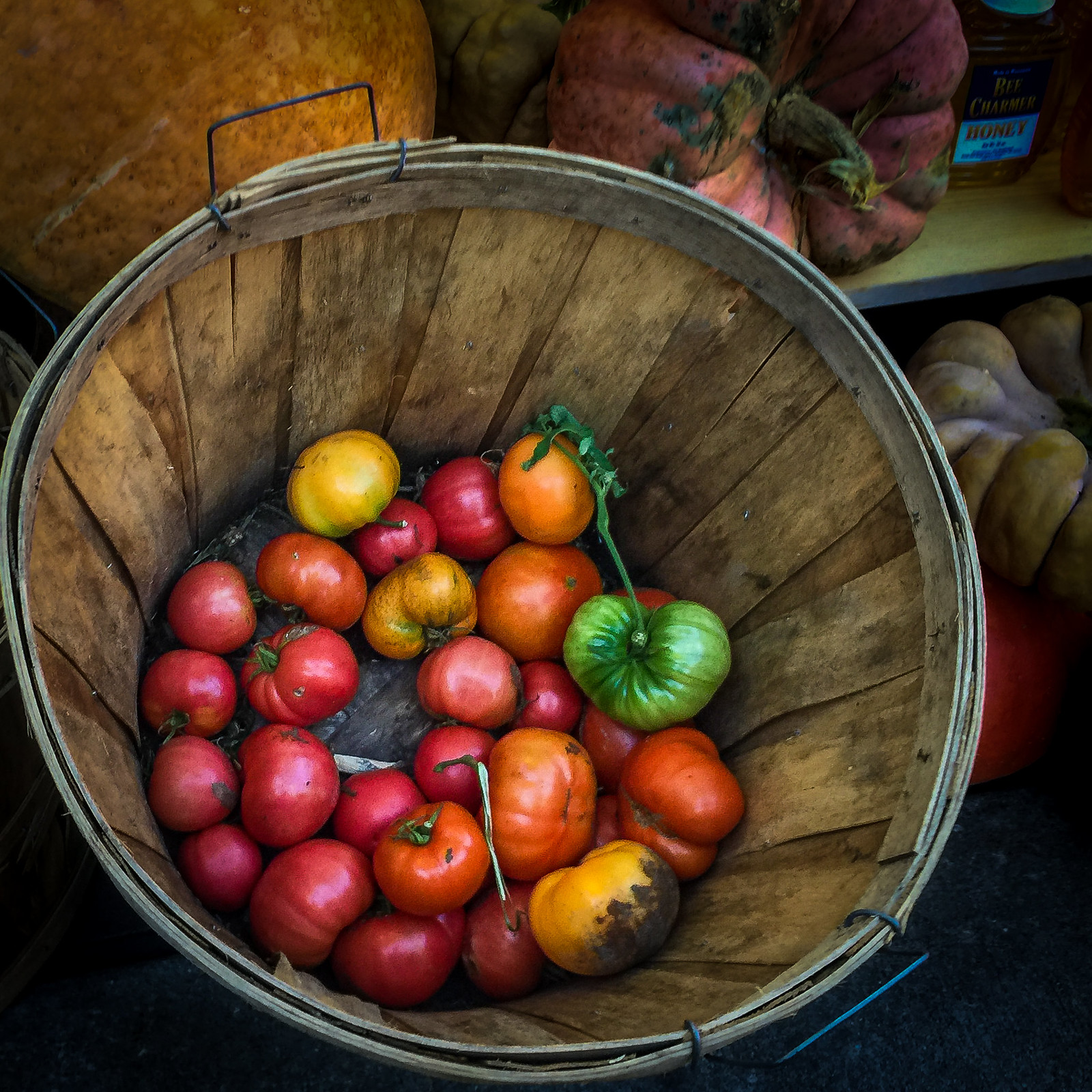 (262/366) Tomato Bushel