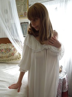Horny satin gown lady - 3 5