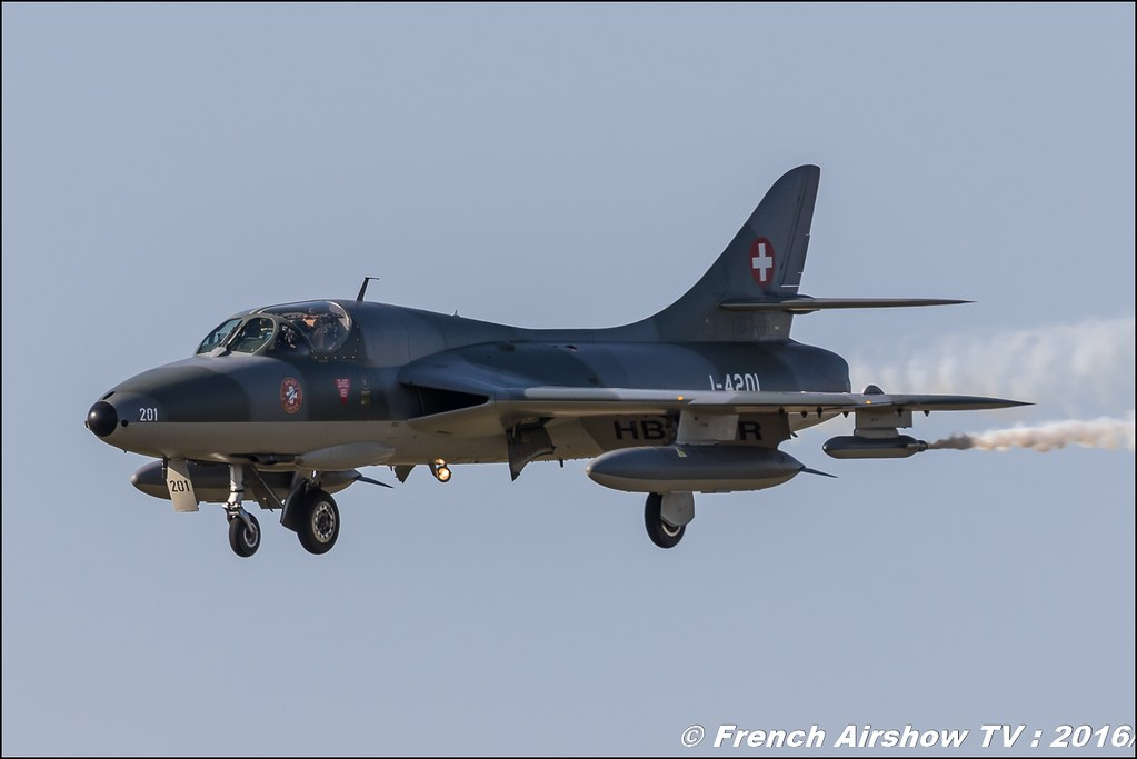 Amici dell'Hunter , Hunter , Hawker Hunter HB-RVR , 22 ème meeting aérien international de Roanne , Meeting Aerien Roanne 2016, Meeting Aerien Roanne , ICAR Manifestations , meeting aerien roanne 2016 , Meeting Aerien 2016 , Canon Reflex , EOS System
