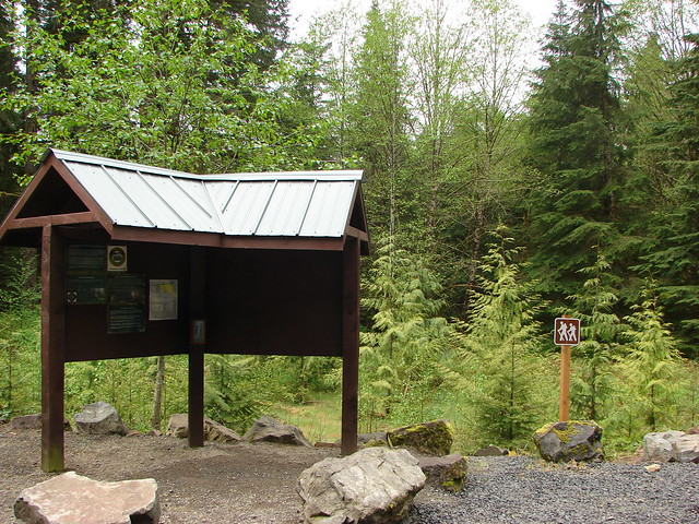 Shellburg Falls Trailhead