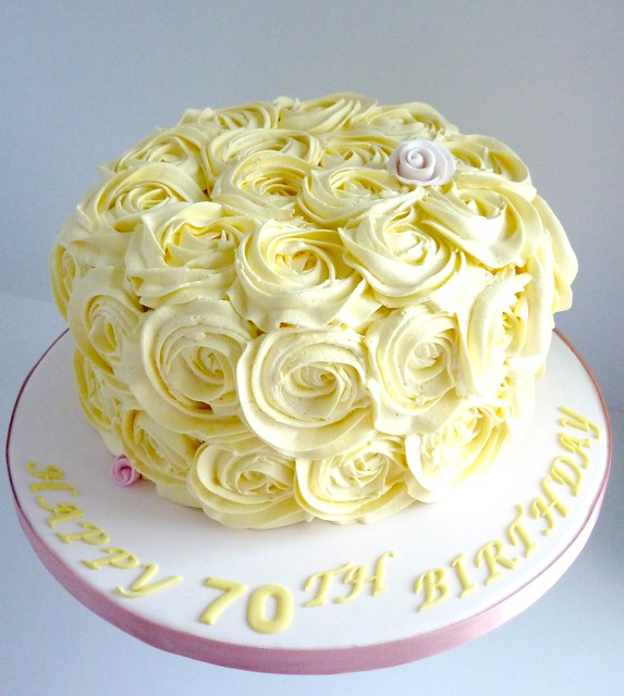 What To Use To Do Rose Swirl Cake