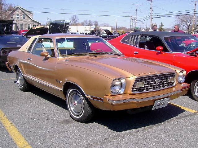 1975 ford mustang ii ghia car truck and hot rod show to. Black Bedroom Furniture Sets. Home Design Ideas