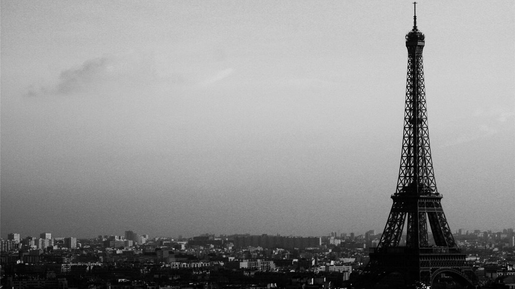 Eiffel Tower Paris Wallpaper Black And White Black And White Eiffel Tower