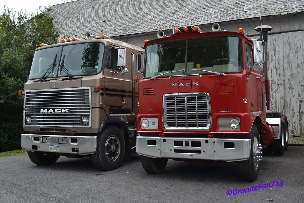 Mack Mh613 Amp F700 Trucks Buses Amp Trains By