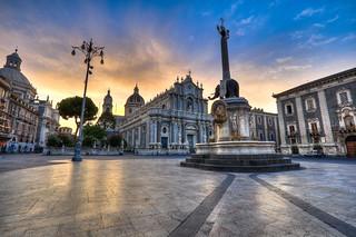 Un nuovo giorno a Catania / A new day in Catania