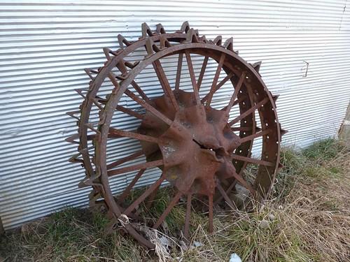 Farmall H On Steel Wheels Amish : F rear steel tractor rims and farmall h set