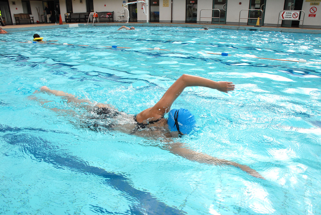 Hypnosis builds confidemce for a Surrey swimmer