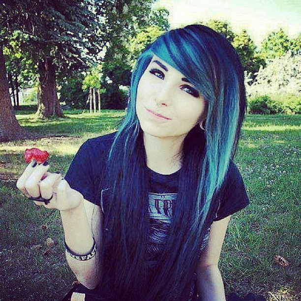 girls hair tumblr Emo with black