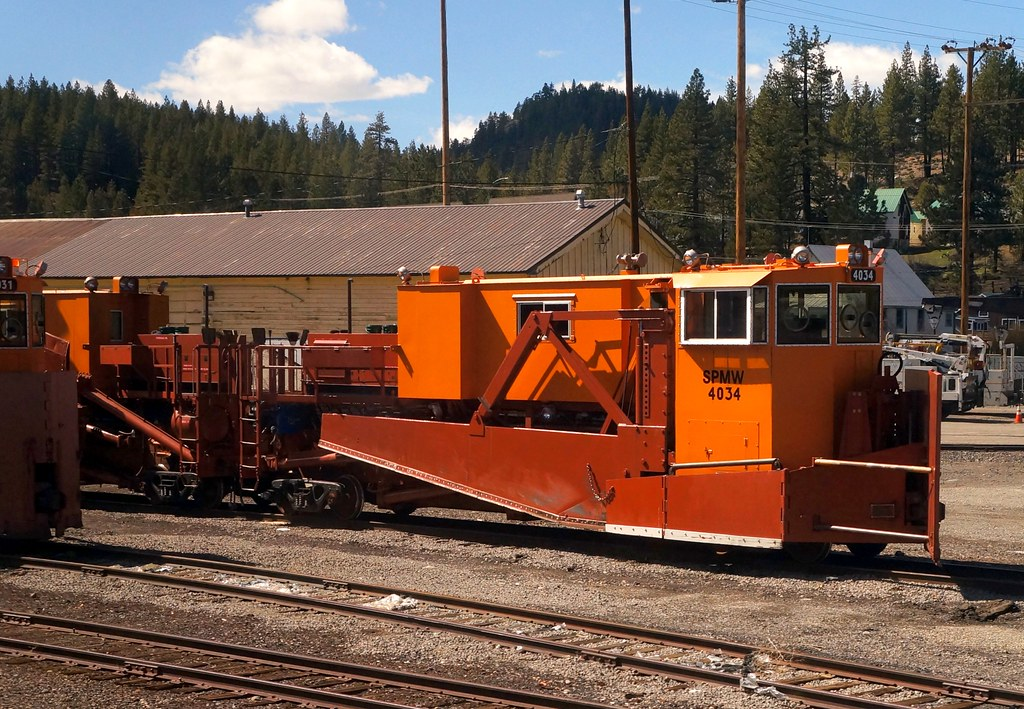 Southern Pacific Railroad spreader/snowplow | Used for ... Pacific Railway Company
