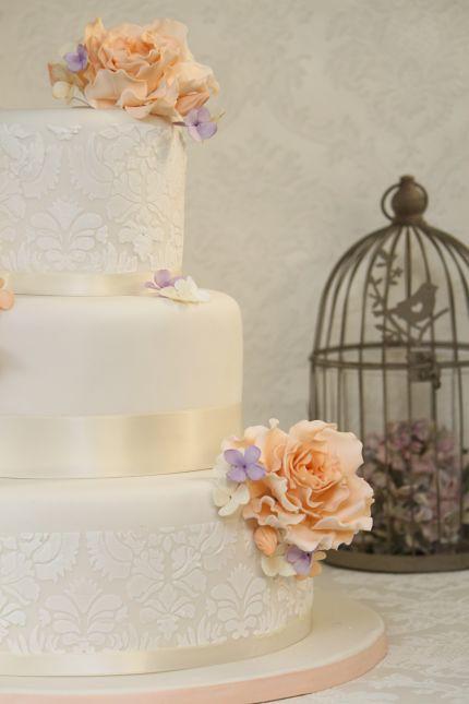 Hochzeitstorte romantisch vintage birdcage  Hochzeitstort ...