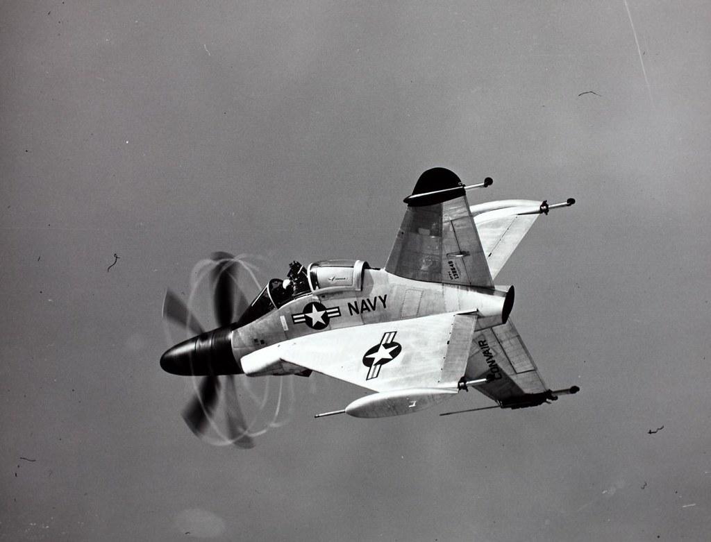Enquanto os aviões turboélice dominavam os céus no campo de batalha durante a Segunda Guerra Mundial, eles rapidamente foram superados pela tecnologia dos motores a jato.