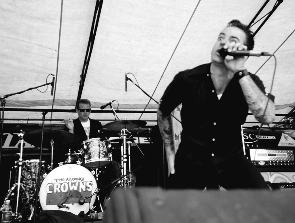the Amazing Royal Crowns - Warped Tour, Vancouver 1999 ... - photo#18