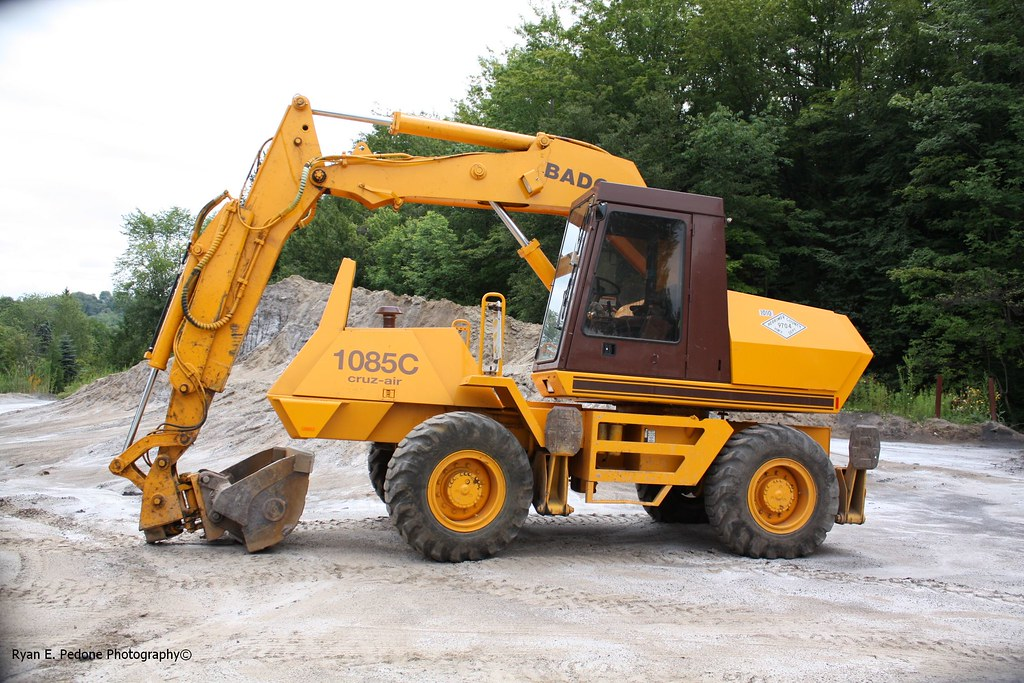 cruz air  escavatore gommato case drott 8589481363_ccfdbe7649_b