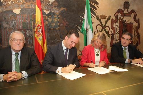 El secretario de estado de seguridad firma en marbella un for Ministerio del interior horario de atencion