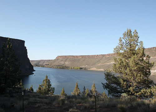 Lake Billy Chinook - The Cove Palisades State Park - Upper Deschutes