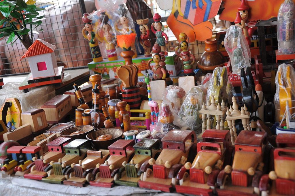 Lakadi Khelanya Wooden Toys Sawantwadi Travelthemes In Flickr