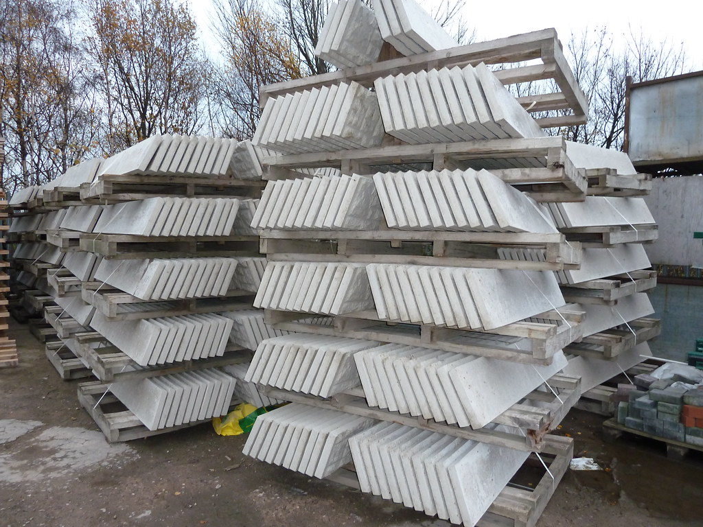 Precast Stone Panels : Precast concrete stacked wetcast panels these