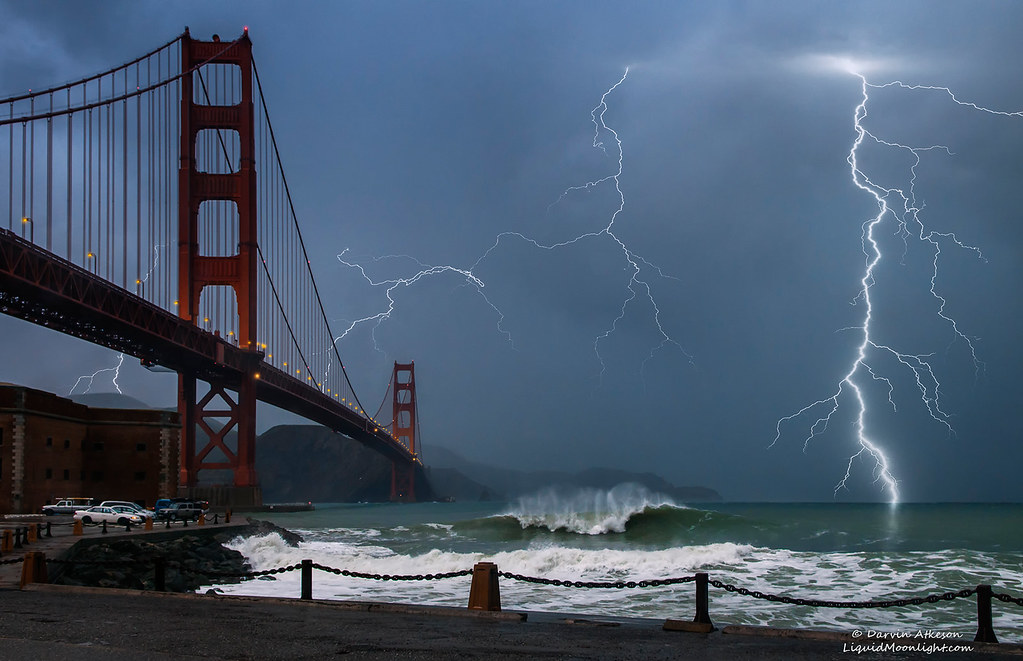 Lightning Golden Gate Bridge A Pacific Storm Blows In To Flickr