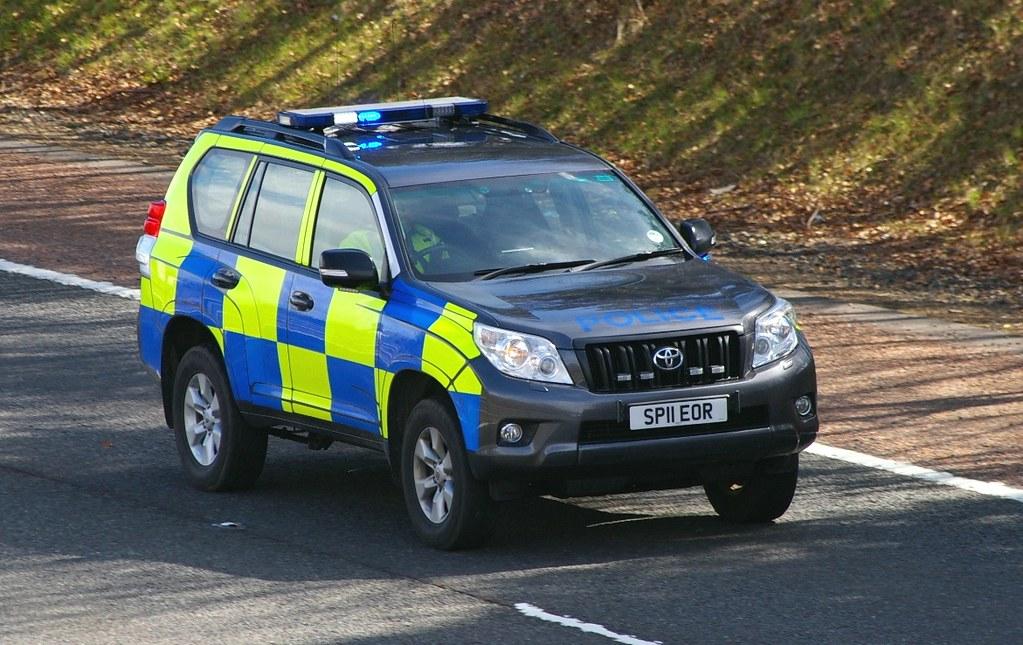 Toyota Land Cruiser Police Scotland Sp Eor Seen He Flickr
